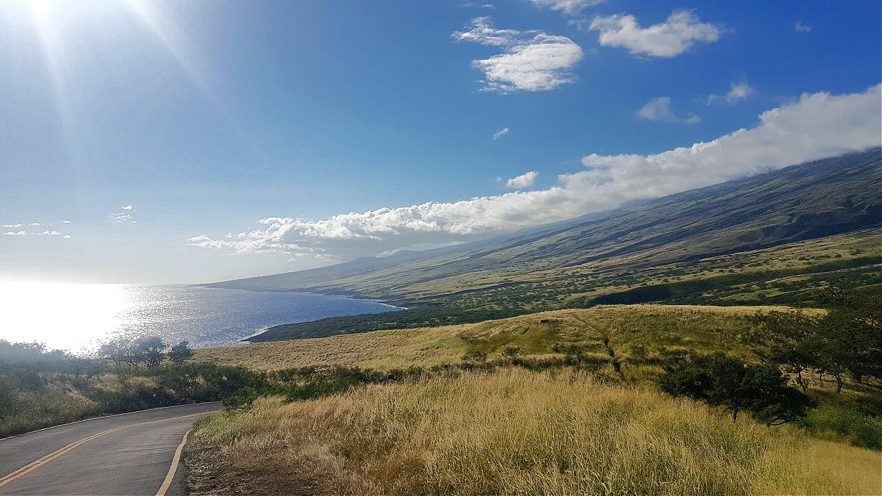 The Road to Hana Stops: 22 Tips, Eats, and Sites from Travel Bloggers