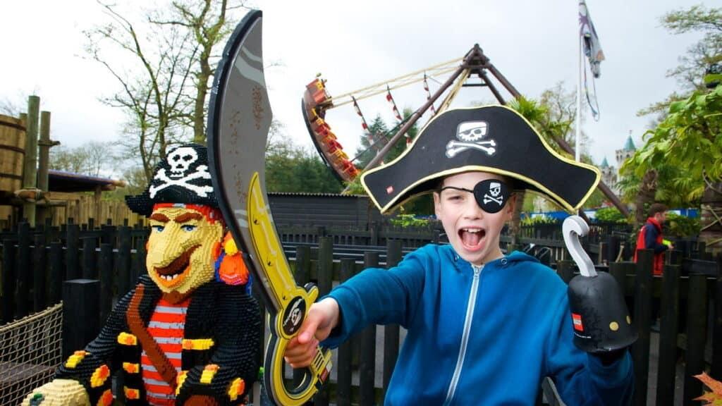 Pirate Shores at the LEGOLAND Windsor Resort 1