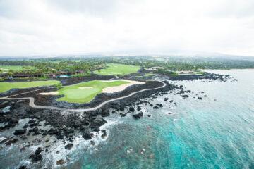 15 Stunning Golf Courses Across the U.S.